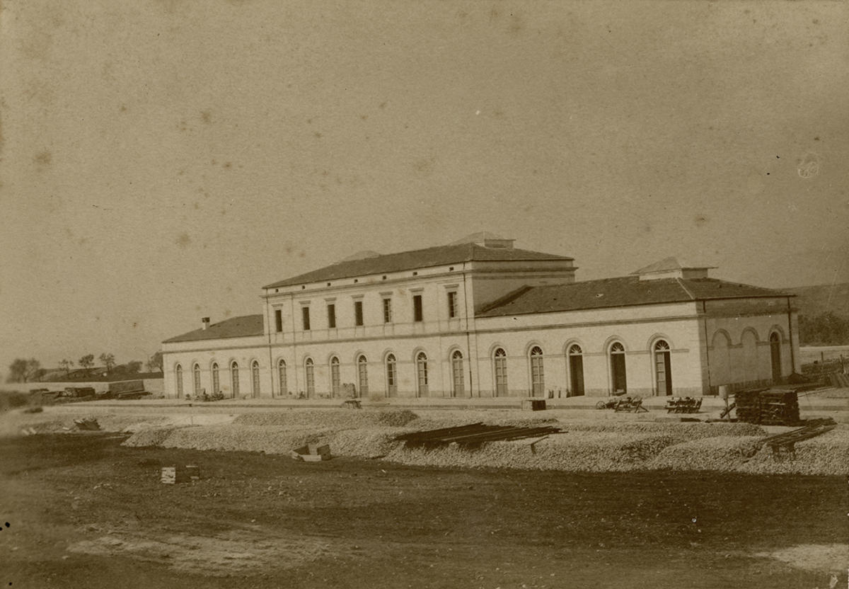 Isernia 1893 circa, stazione in costruzione