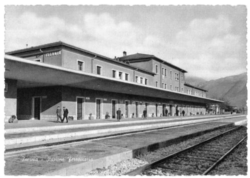 Isernia, stazione ferroviaria, 1975 circa