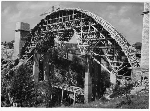 Isernia, viadotto Santo Spirito in fase di ricostruzione