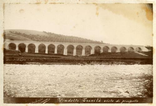 Isernia, 1893 circa, viadotto Trinità (foto D'Ambrosio e Schiavone)