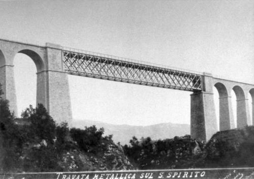 isernia, ponte Santo Spirito in metallo