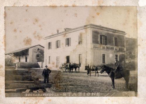 roccaravindola, 1893 circa, stazione in costruzione